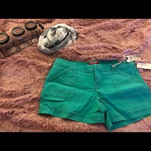 Pants - Green junior shorts